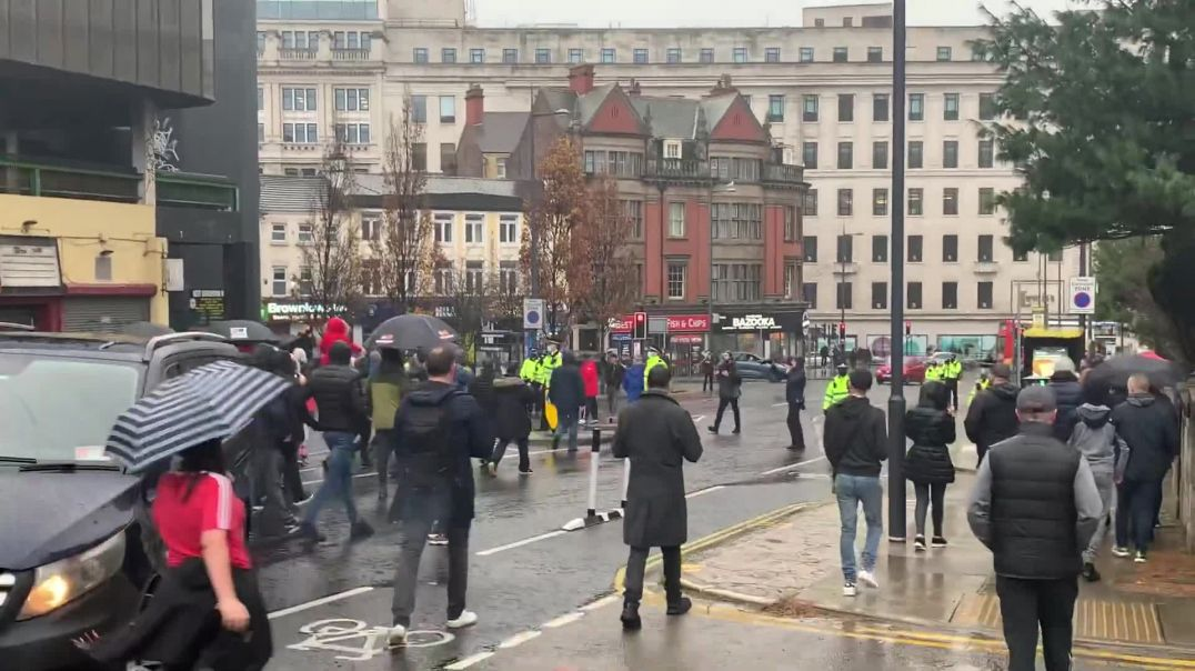 Liverpool Protest Latest - Protestors Face Police!