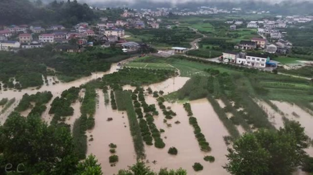 Flooding In China Ruins Farmer, Economic Collapse _ Three Gorges Dam