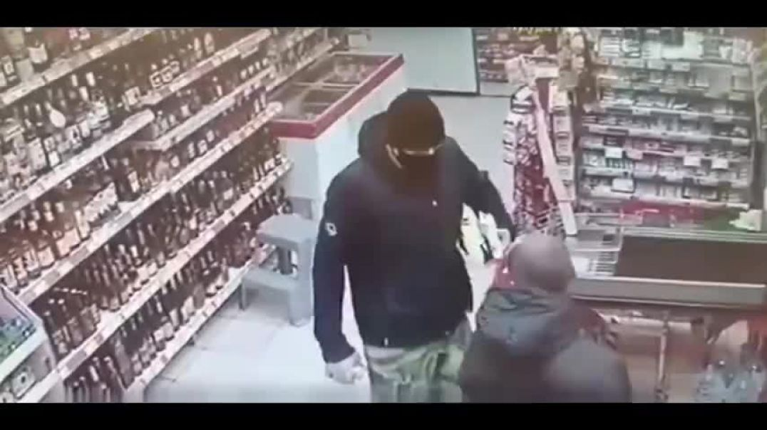 Mask idiot gets knocked out