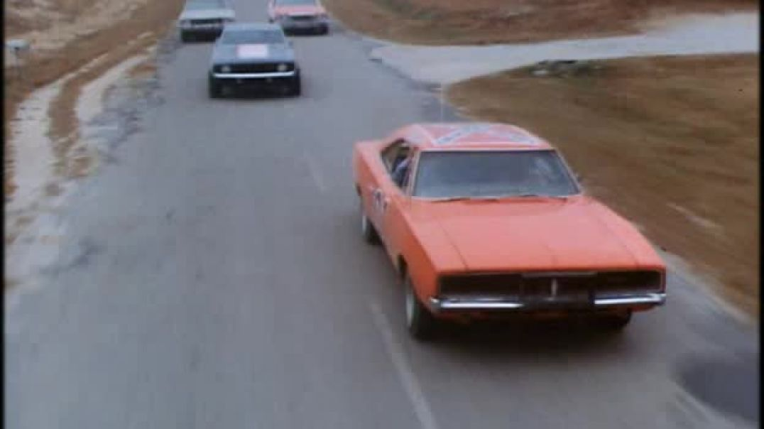 The Dukes of Hazzard 1x01 - One Armed Bandits