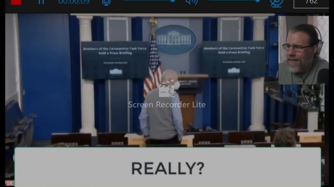 White House caught on hot mic