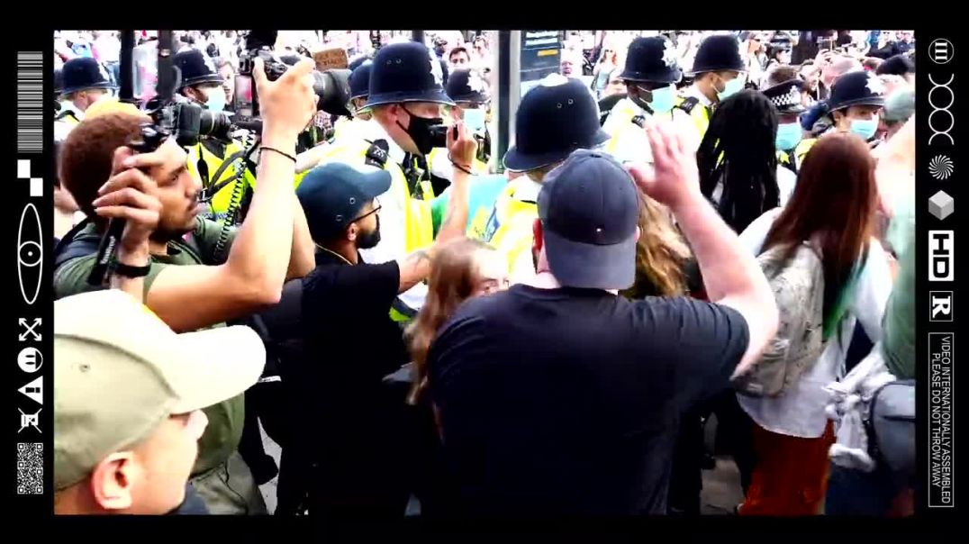 (EMB) PEDO PROTECTORS OUTNUMBERED BY PISSED OFF PEACEFUL PROTESTERS AFTER KETTLE ATTEMPT (29/05/21)