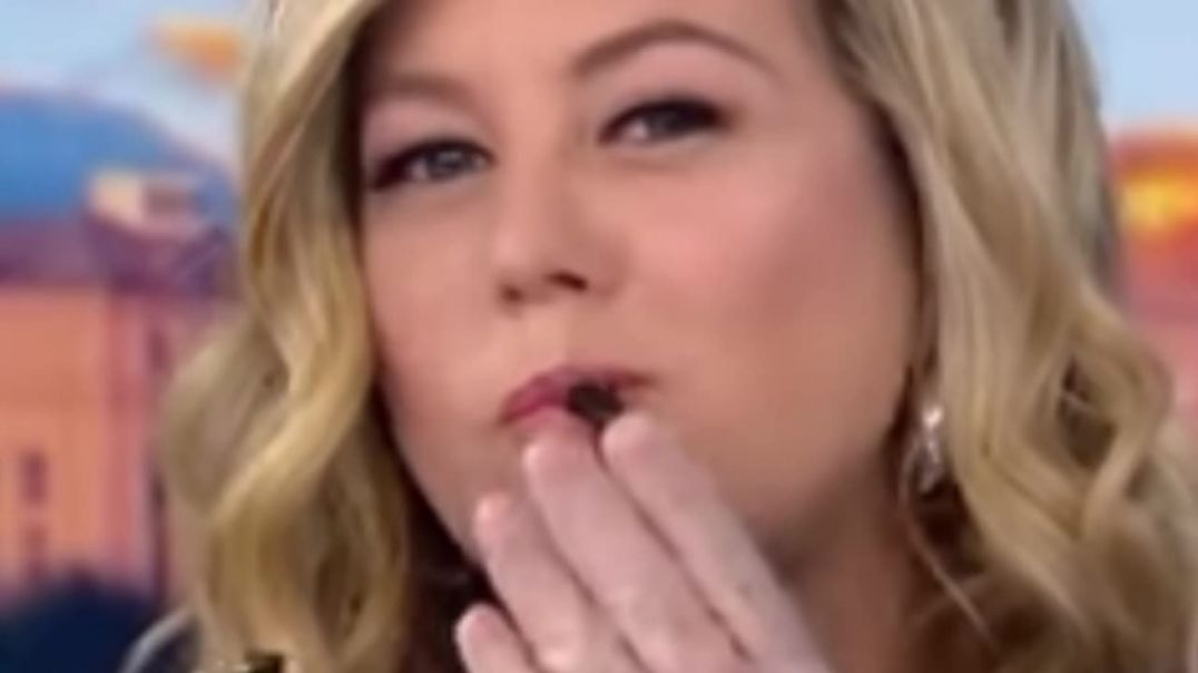 CNN anchor Eating Bugs ( Cicata insects )