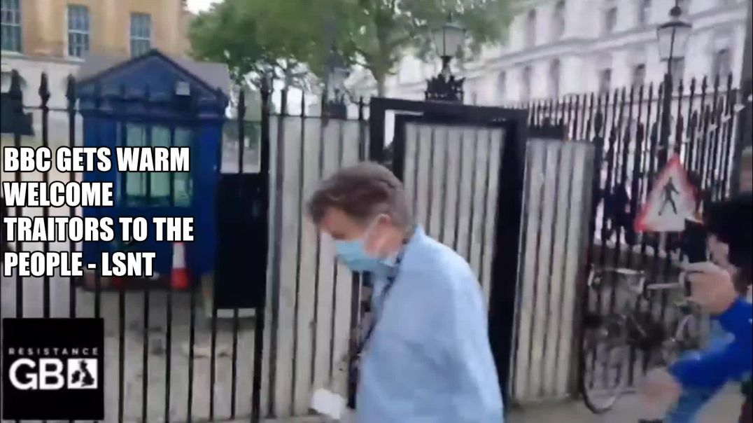 Lucky Escape For BBC WORKER Fleas To SAFETY! London Yesterday Tension is GROWING UK