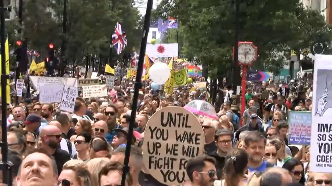 June 26th London England 30 Minutes Oxford Street Walking Huge Massive Freedom Rally March Demo