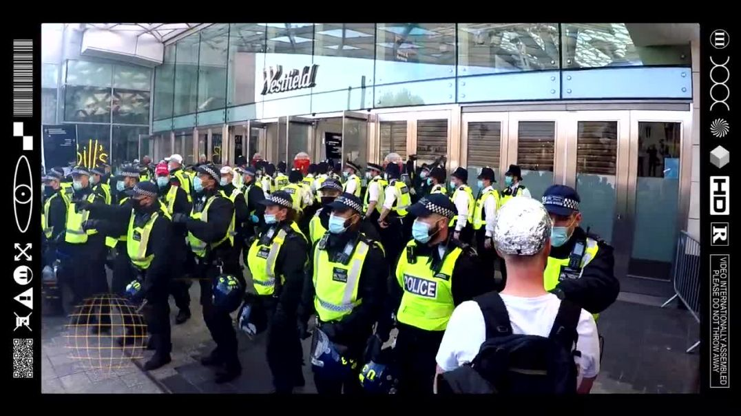 (EMB) PEDO PROTECTORS & PEACEFUL PROTESTERS FACE OFF ON THE WESTFIELD FRONTLINE (29/05/91)