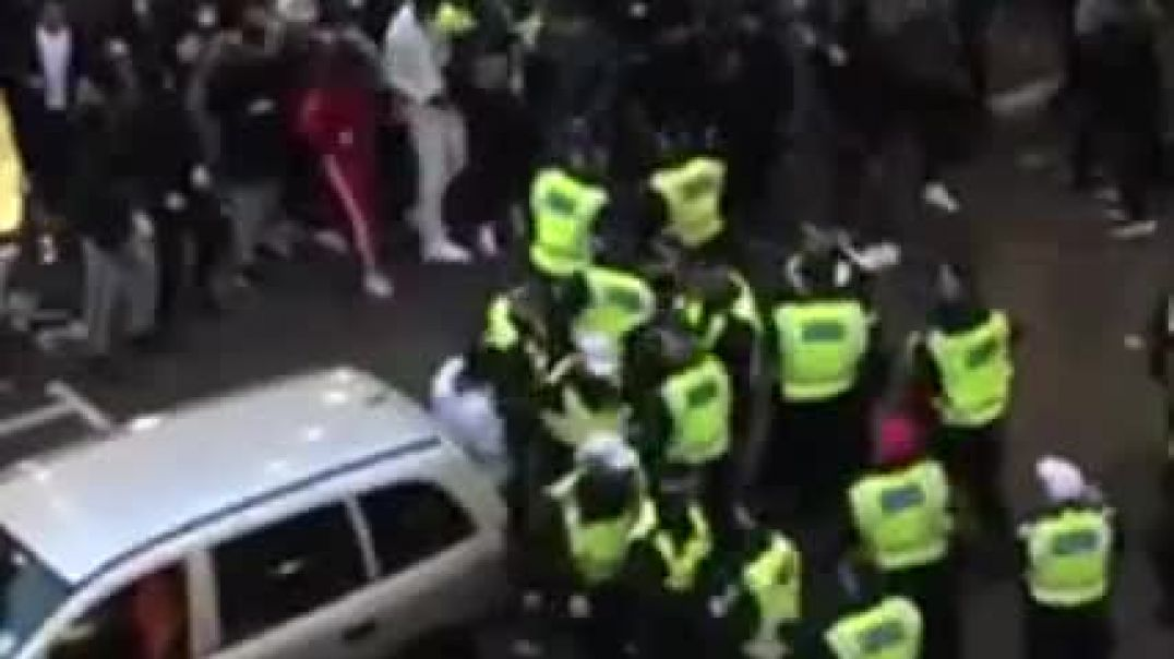 Police Being Bullied In The UK (I Wonder Why?)
