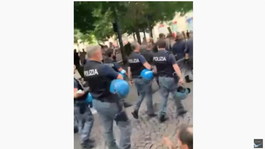 Turning Point? Italian Cops Join the Anti-Government Protests