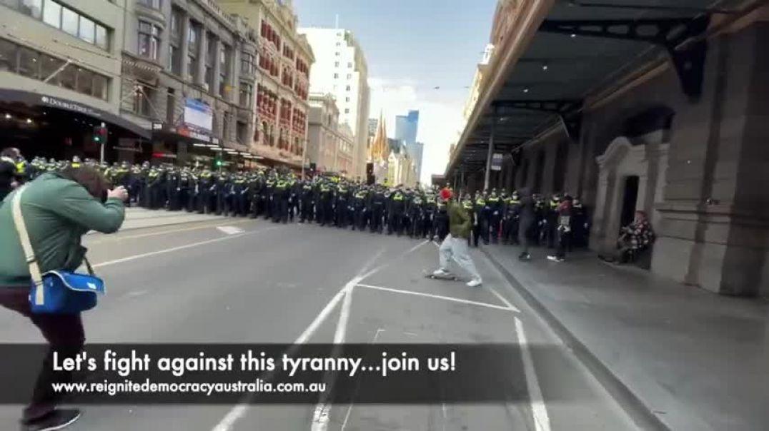 AFTER THE PROTEST...POLICE STORM THE STREETS OF MELBOURNE