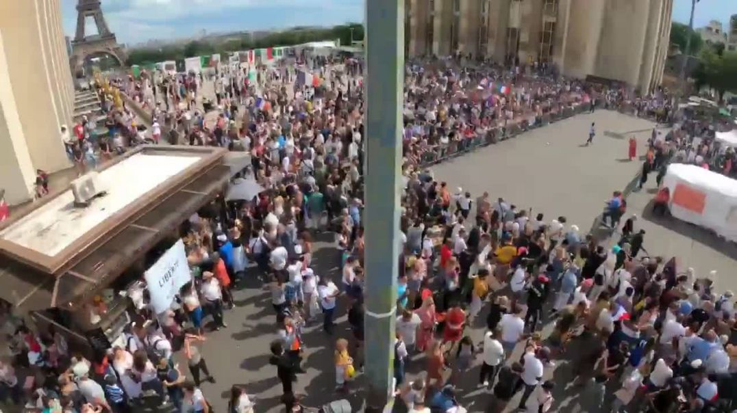 Huge Protest in Paris Against COVID Tyranny
