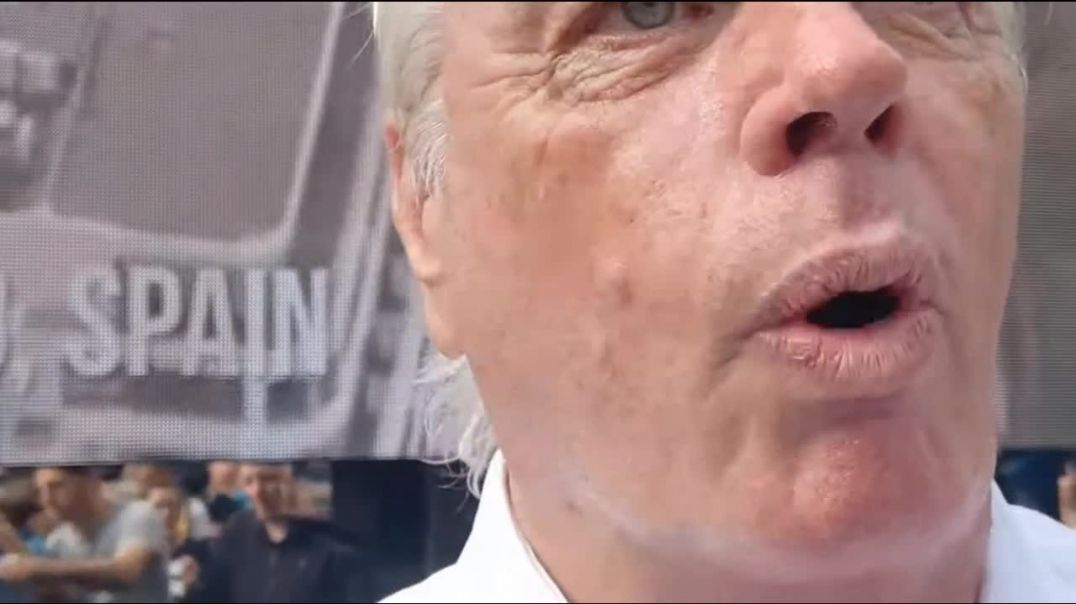 David Icke After Speech Chat With Resistance GB's Willsy
