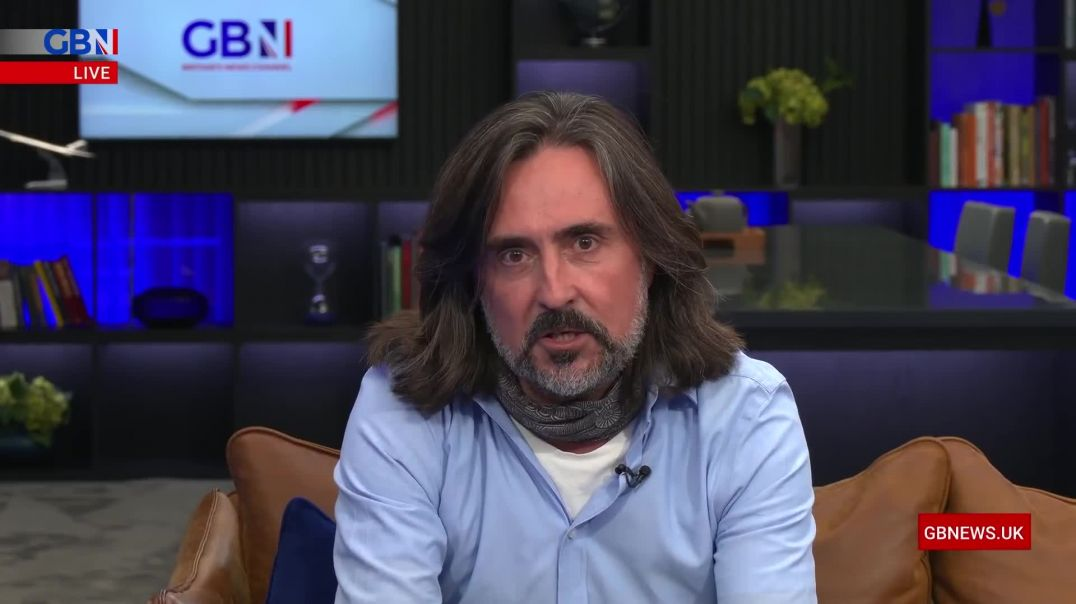 """Neil Oliver: """"We are in a version of an abusive relationship with our leaders."""""""
