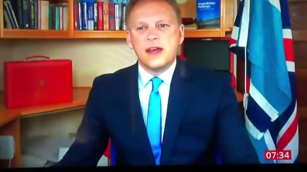 """""""VACCINATED PEOPLE ARE MORE LIKELY TO GET CORONAVIRUS"""" GRANT SHAPPS"""