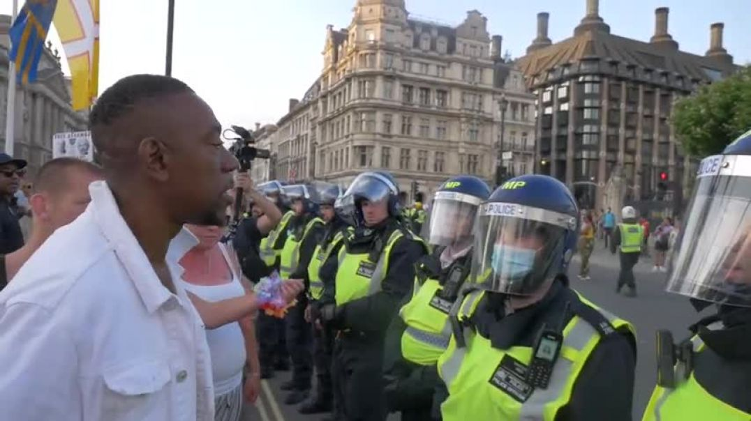 Passionate Man Gives Police A Piece Of His Mind.
