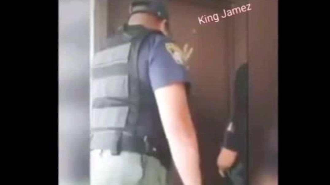 How to respond when police come to your door