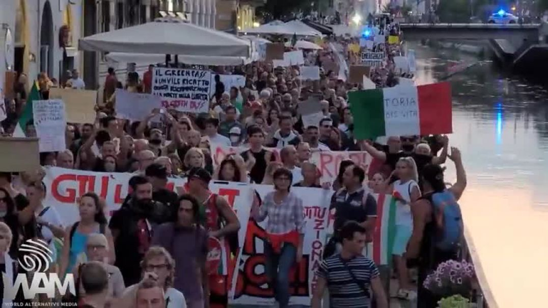 EXCLUSIVE: MASSIVE Protests In Italy! - The REVOLUTION Begins NOW! - NO Vaccine Passports!
