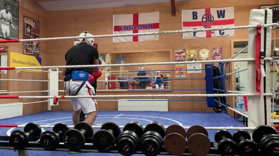 sparring session at Karl Ince boxing gym