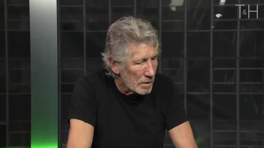 It's Happening Now But People Don't See It - Roger Waters on Challenging Authority