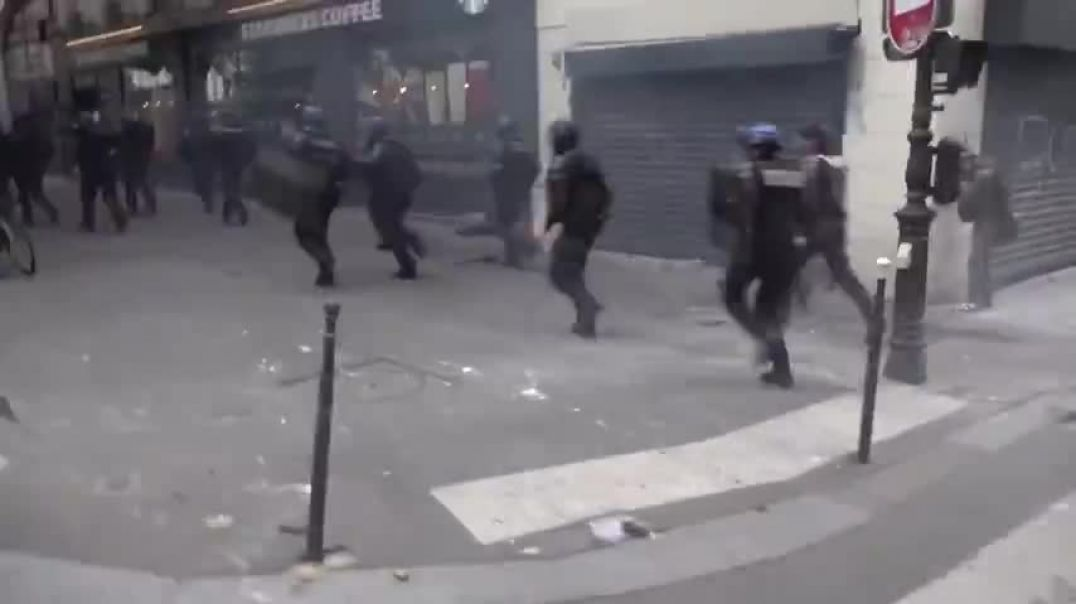 FRENCH POLICE ON THE RUN