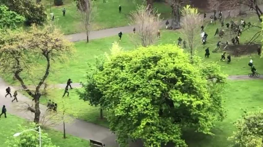 """ARIAL VIEW OF """"POLICE"""" FIRING AT FREEDOM PROTESTERS IN MELBOURNE"""