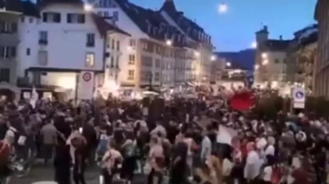 The Swiss come out to protest vaccine passports!