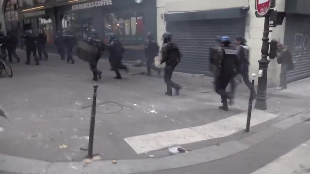 Macron's Gestapo retreats as the people rise up!
