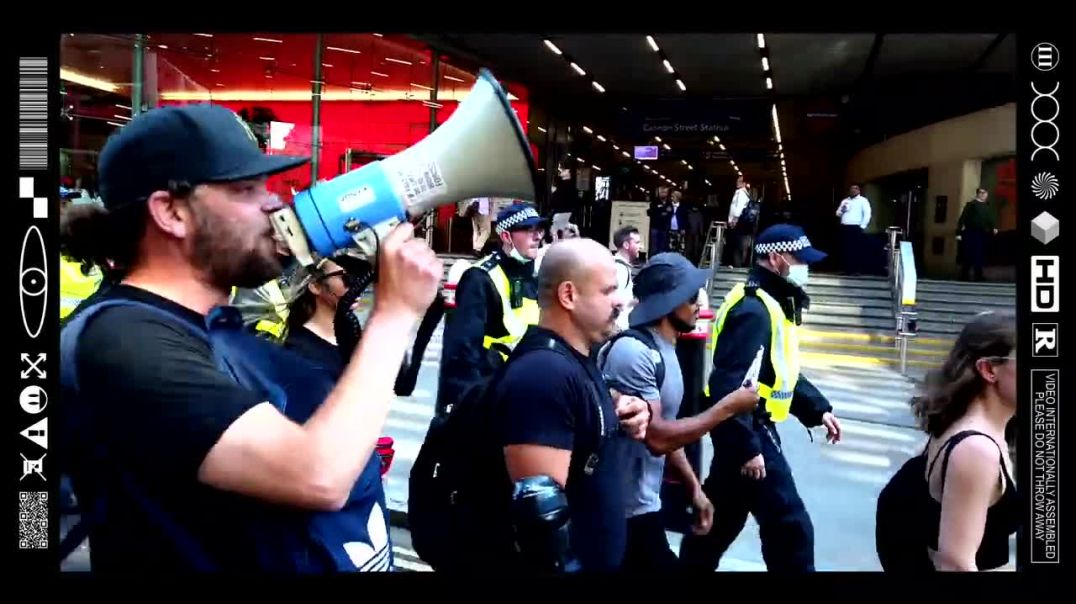 (EMB) WORD ON THE CURB - BLACKOUT THURSDAY - TOOLEY STREET - FULL CLIP (16/09/21)