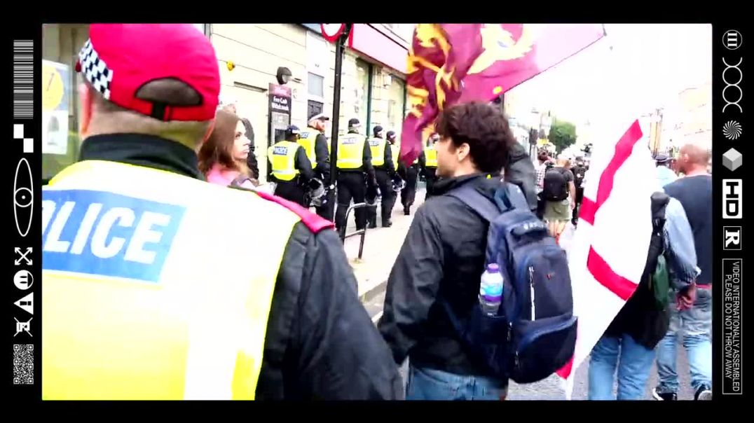 (EMB) WORD ON THE CURB - UNITE FOR FREEDOM MARCH - HYDE PARK TO CLAPHAM COMMON (25/09/21)