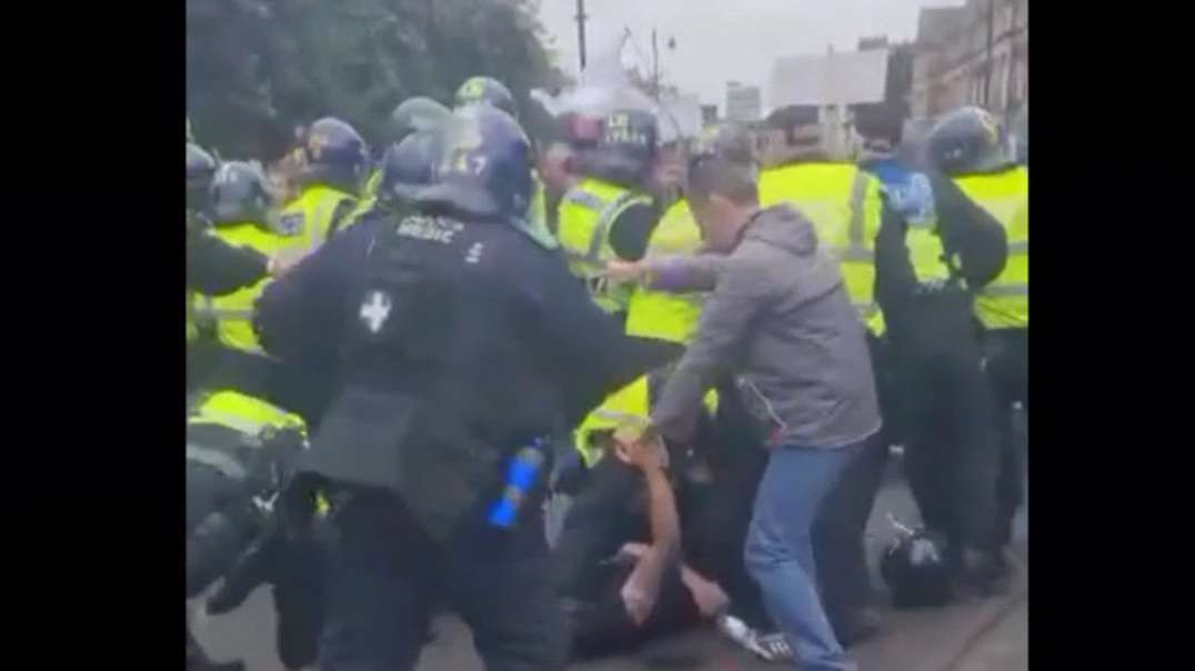 Police Brutality At Newcastle Freedom Rally (29/08/21)