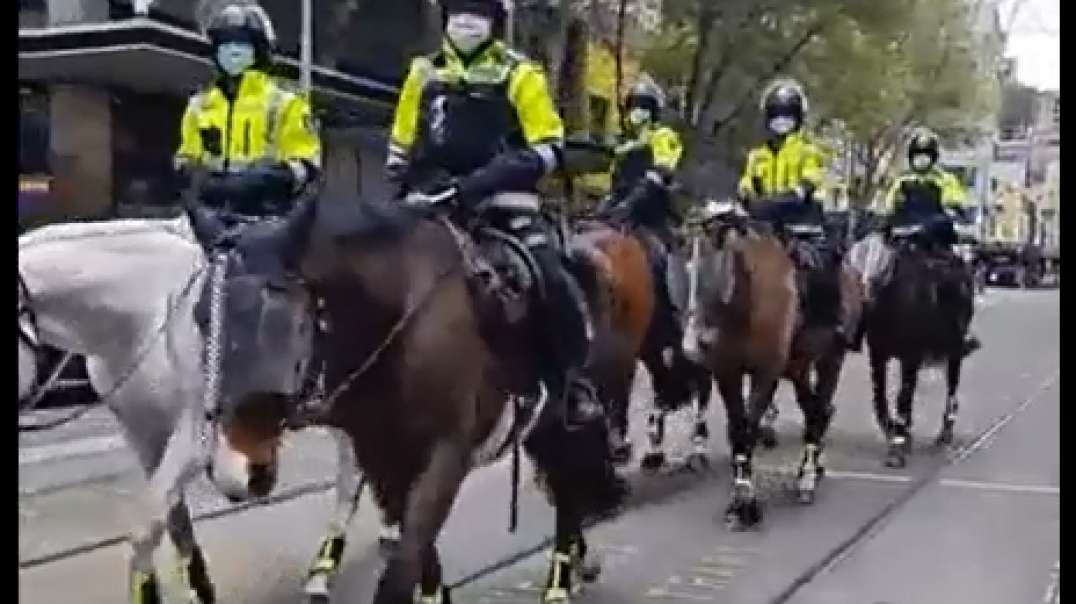 PT1 Sept24th Melbourne Australia Downtown Raw Footage Police State Tyranny Walking The Streets