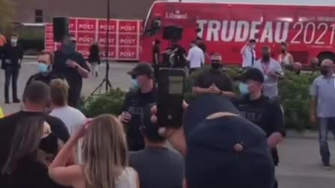 Canada Trudeau Afraid To Get Off Bus! FEARING ATTACK