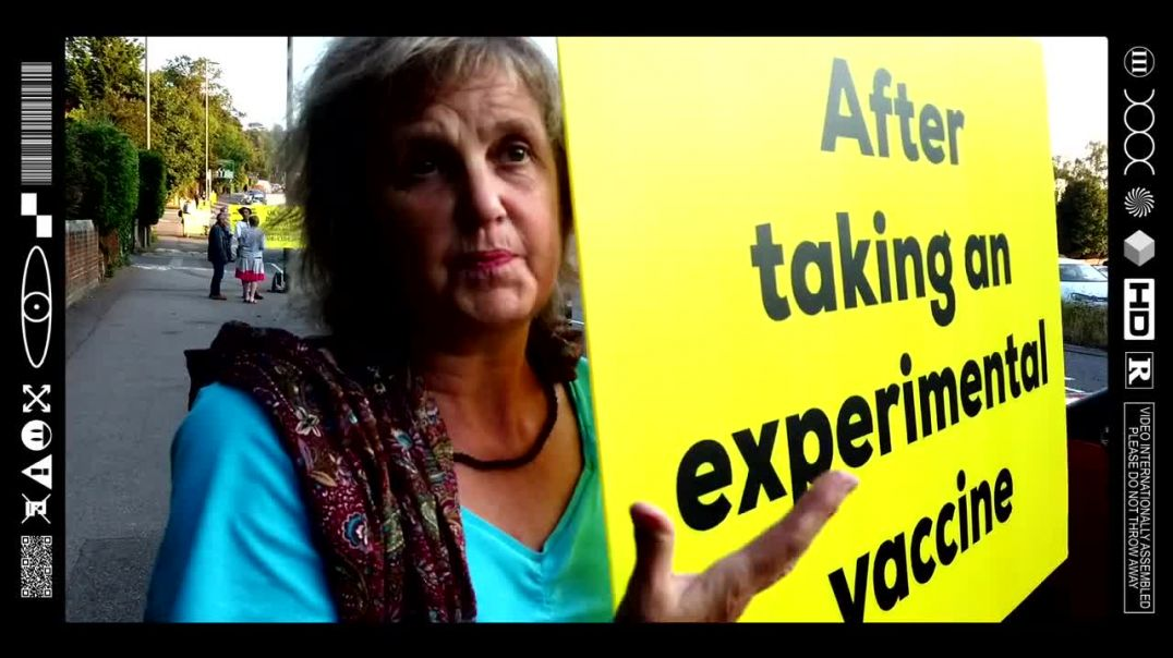 (EMB) WORD ON THE CURB - HONK IF YOUR CONCERNED - DORKING DEEPDENE YELLOW CARD STAND (16/09/21)