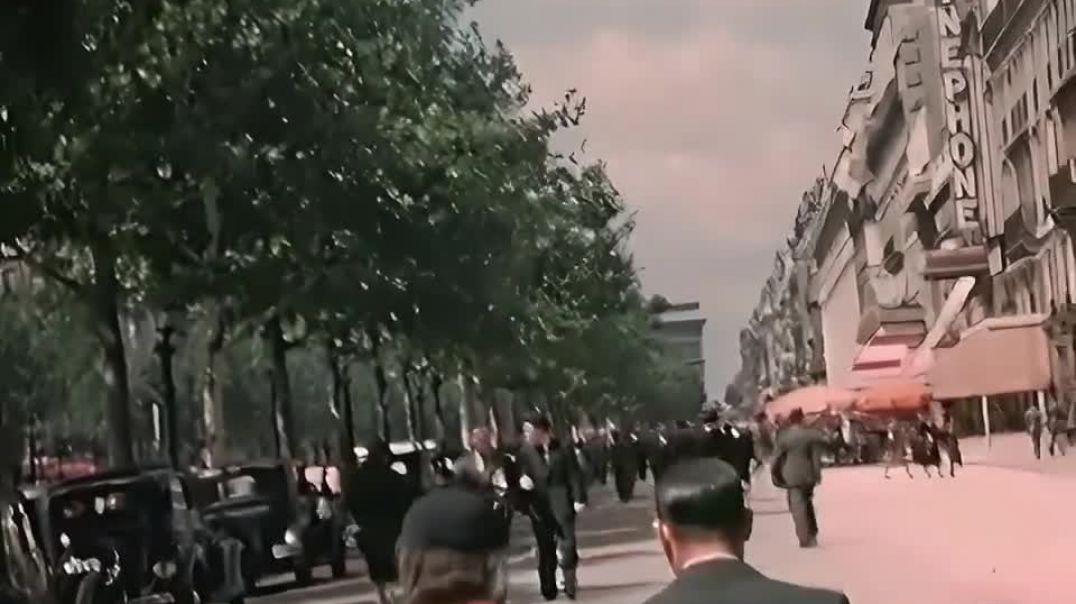 A Day in Paris 1930's (60fps, added sound w: color remaster)(720p60fps)