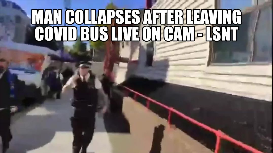 LIVE ON CAM - A man collapses after leaving the covid bus?