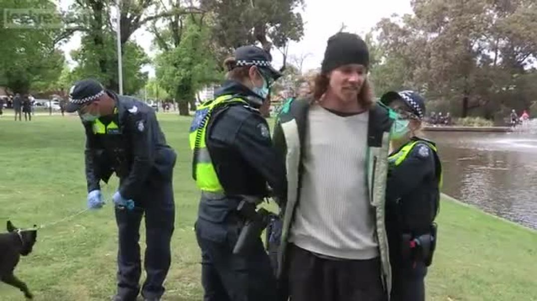 AUSTRALIA SHORT ON POLICE?... Masks outdoors or a ride in the meat wagon
