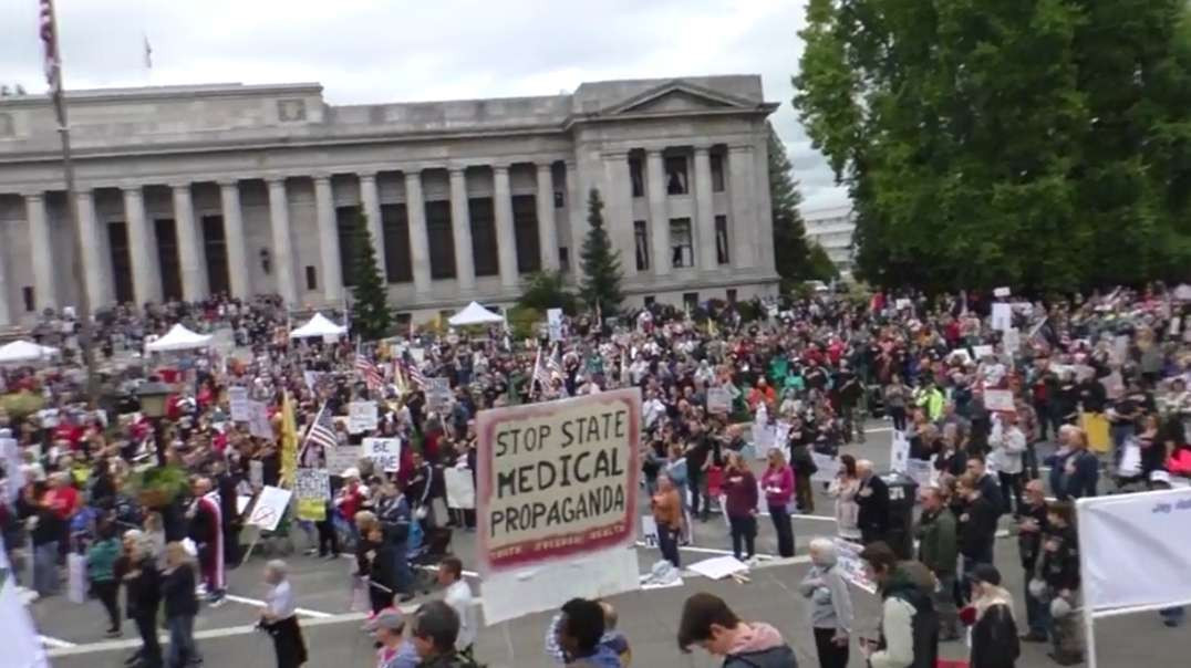 Oct3rd Washington State Capitol Building Thousands Show Up To Oppose Covid-19 Vaccine Mandates