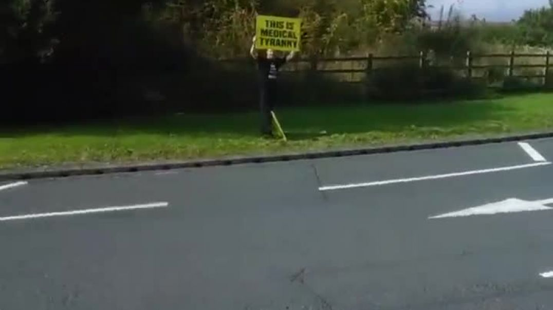 Rebels On Roundabouts Come Together