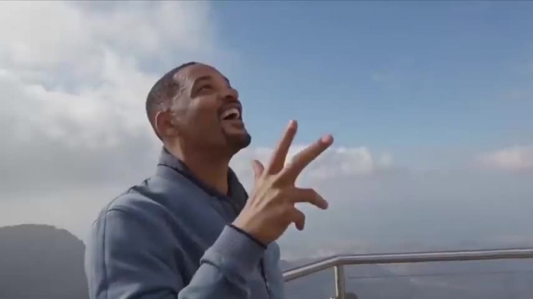 Will Smith Promotes CRT & Demands Defunding Of Police While Getting Police Escourt Everywhere