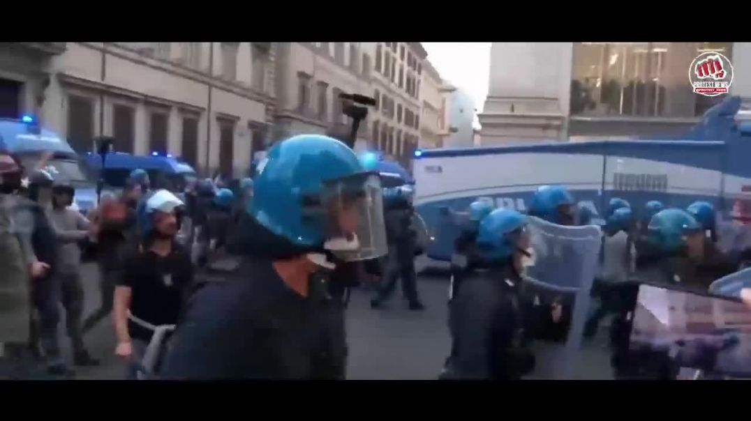 Chaos in Rome, Italy at vaccine mandate protest