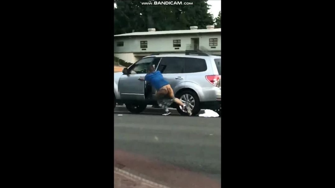 Road Rage - guy holds onto door handle even though his BUTTOCKS are showing